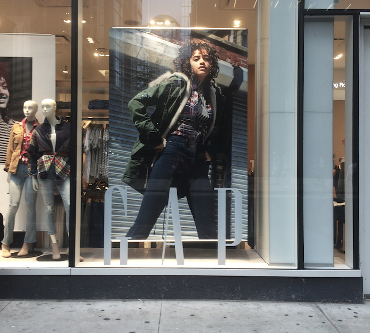 GAP_Fall16_StoreWindow